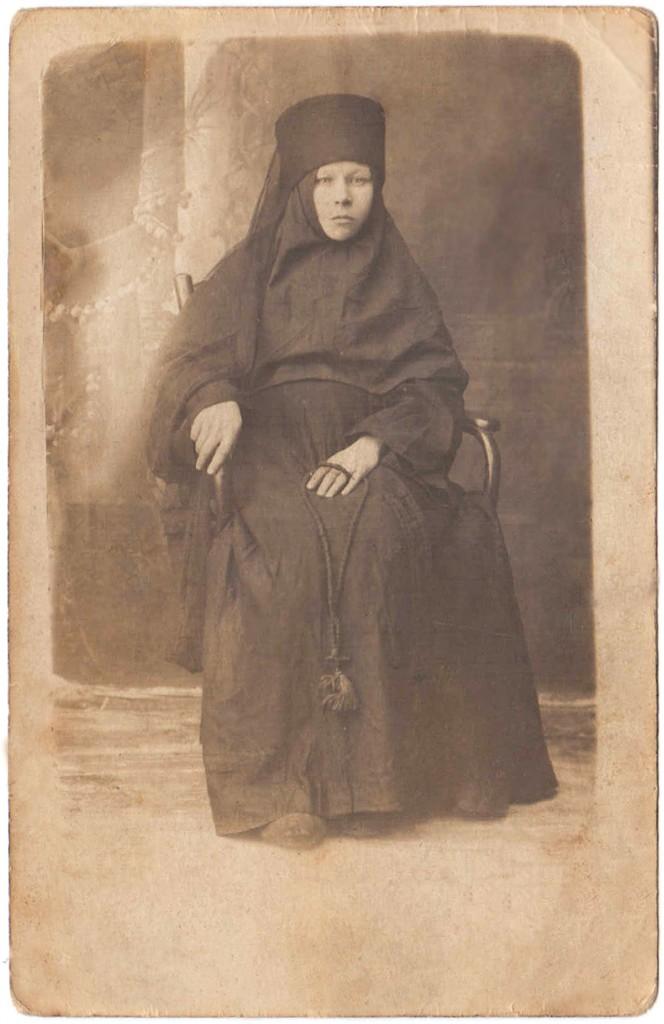 В.А. Дудин, монахиня Ангелина, Солигалич, В.Березовец